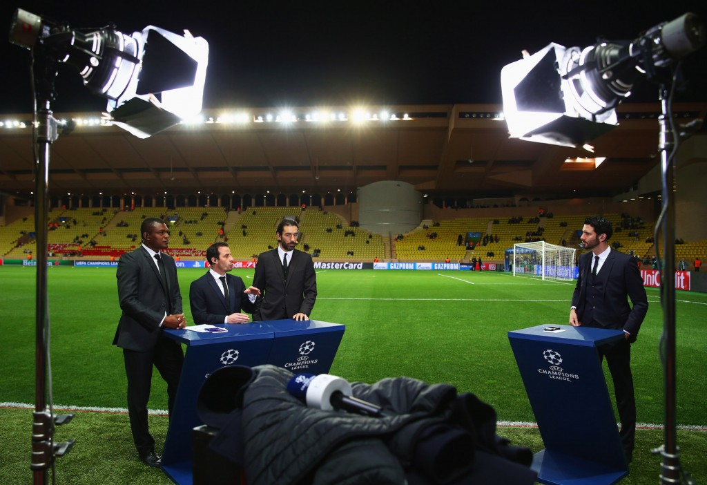 Desailly, Giuly, Pires commentano un match del Monaco in CL. Michael Steele/Getty Images