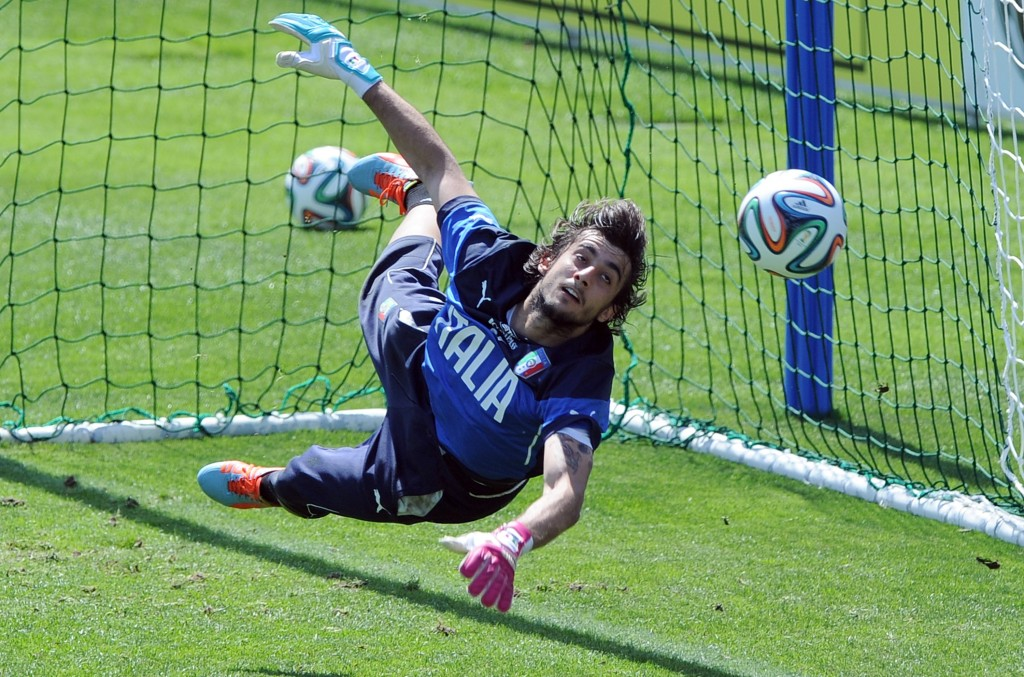 Mattia Perin of Italy during a training session at Coverciano on May 21, 2014 in Florence, Italy. (Photo by Claudio Villa/Getty Images)