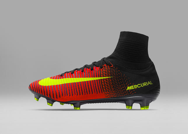 Superfly Come Sono Nike Le Nuove Mercurial V WTPqPU8xwX