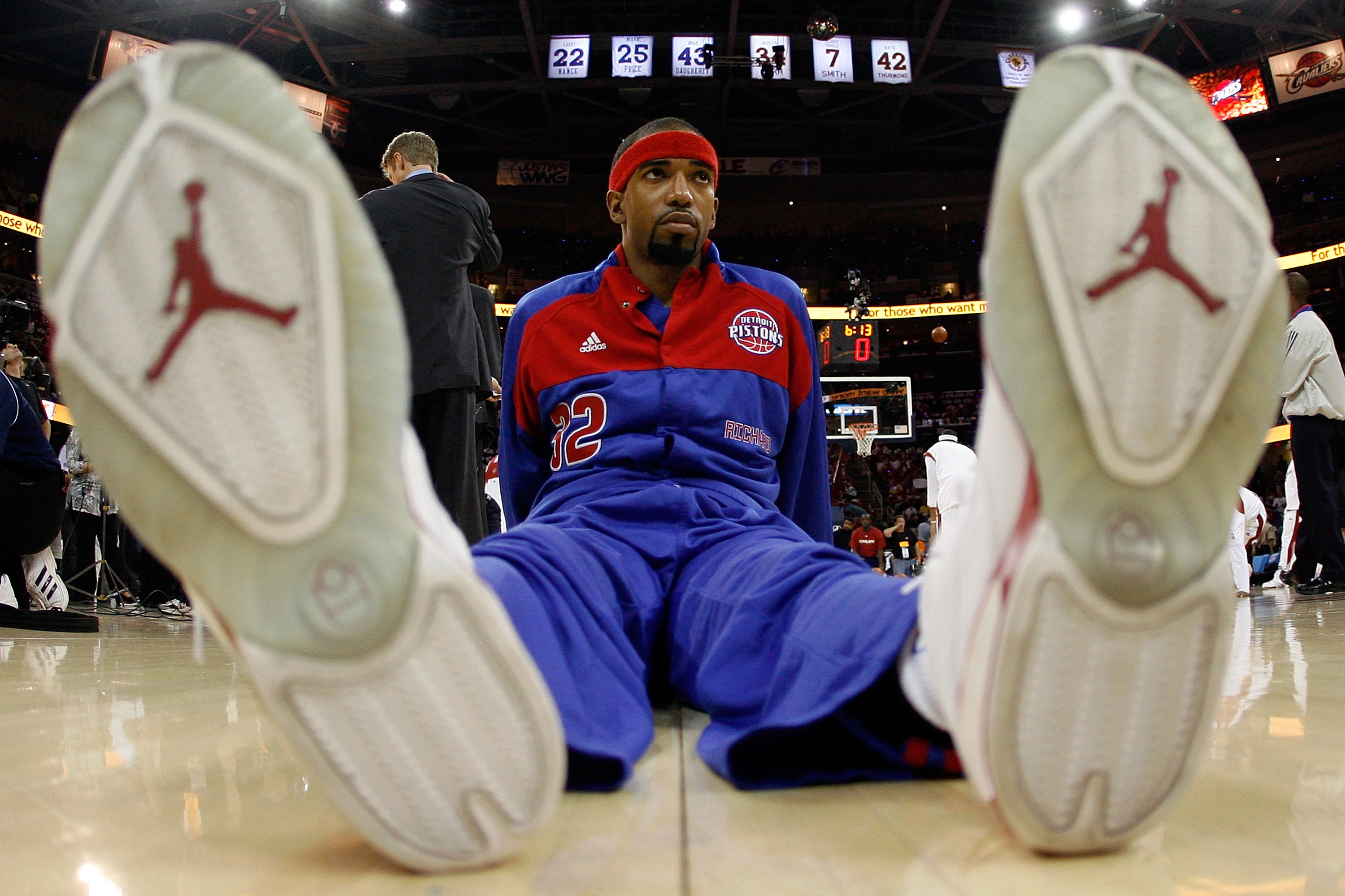CLEVELAND - MAY 27: Richard Hamilton #32 of the Detroit Pistons stretches before taking on the Cleveland Cavaliers drives to the hoop in Game Three of the Eastern Conference Finals during the 2007 NBA Playoffs on May 27, 2007 at the Quicken Loans Arena in Cleveland, Ohio. NOTE TO USER: User expressly acknowledges and agrees that, by downloading and or using this photograph, User is consenting to the terms and conditions of the Getty Images License Agreement. (Photo by Gregory Shamus/Getty Images)