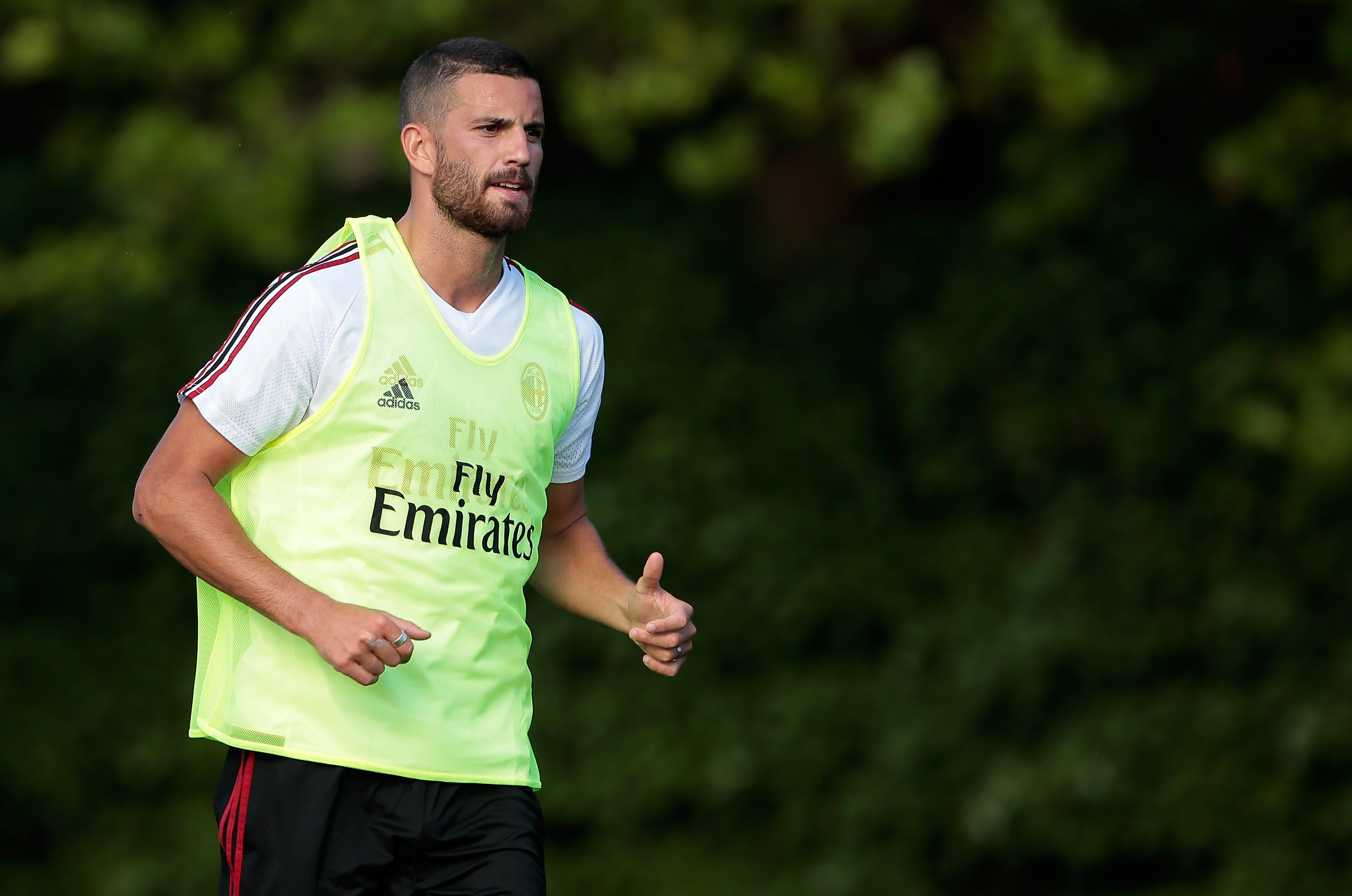 CAIRATE, ITALY - JULY 05: Mateo Pablo Musacchio of AC Milan looks on during the AC Milan training session at the club's training ground Milanello on July 5, 2017 in Cairate, Italy. (Photo by Emilio Andreoli/Getty Images)