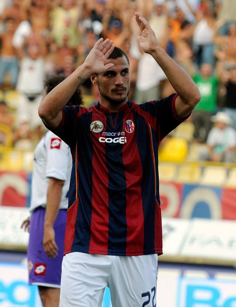 Osvaldo esulta dopo aver segnato contro la Fiorentina, 22 agosto 2009. Roberto Serra/Getty Images