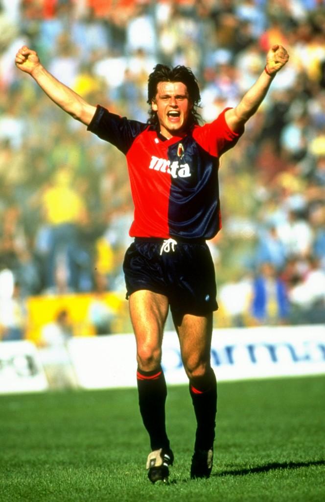 Skhuravy esulta al Tardini, nel 1991. Allsport UK/Allsport