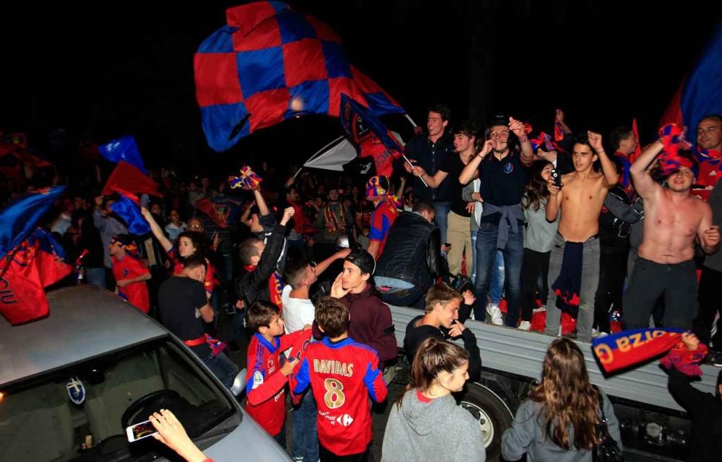 I tifosi del Gazélec in festa dopo la promozione