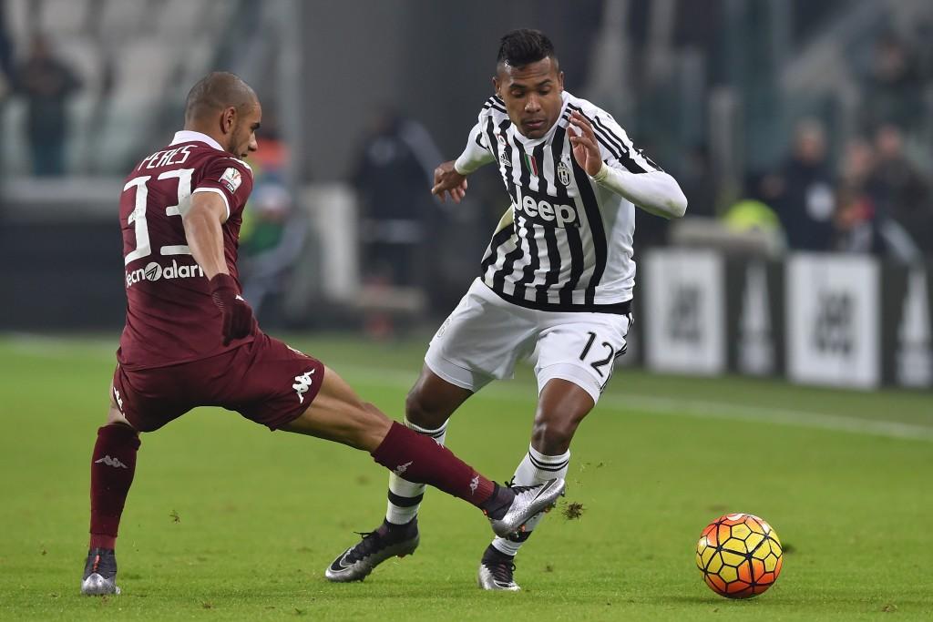 Alex Sandro nel derby. Valerio Pennicino/Getty Images