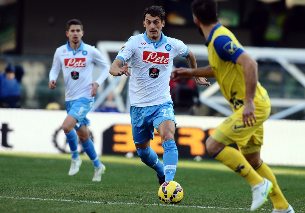 VERONA, ITALY - FEBRUARY 01: Manolo Gabbiadini # 23 of SSC Napoli in action during the Serie A match between AC Chievo Verona and SSC Napoli at Stadio Marc'Antonio Bentegodi on February 1, 2015 in Verona, Italy. (Photo by Mario Carlini / Iguana Press/Getty Images)