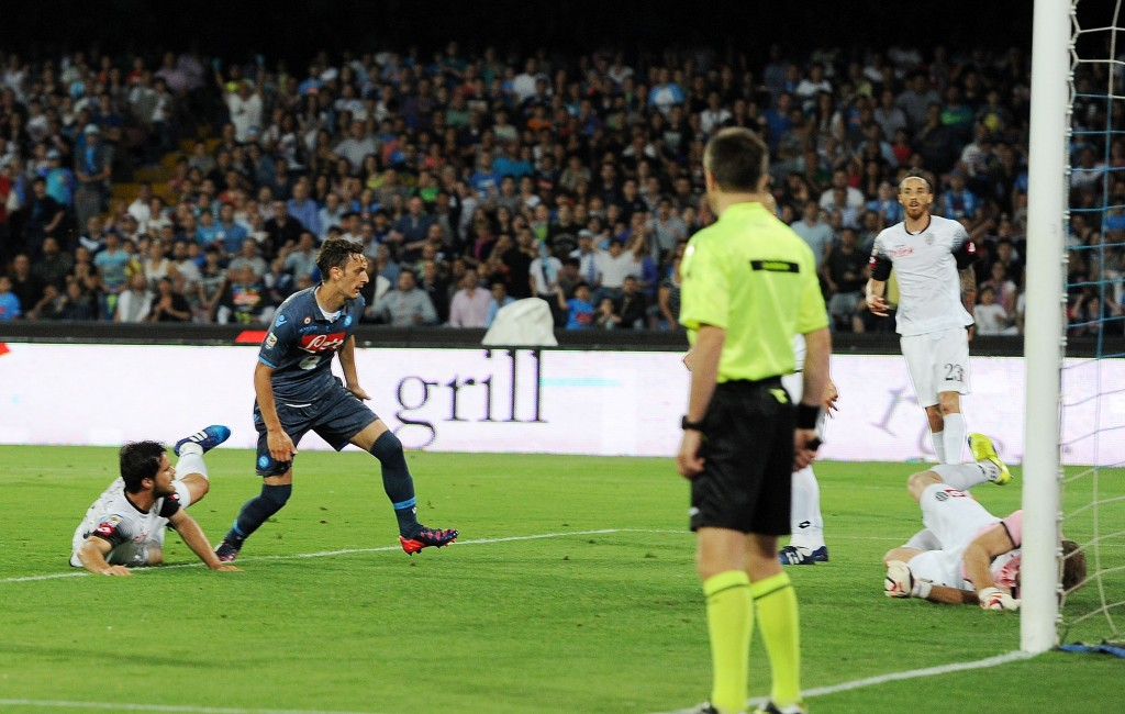 NAPLES, ITALY - MAY 18: Napoli's player Manolo Gabbiadini scores the goal of 2-1 during the Serie A match between SSC Napoli - AC Cesena at Stadio San Paolo on May 18, 2015 in Naples, Italy. (Photo by Francesco Pecoraro/Getty Images)