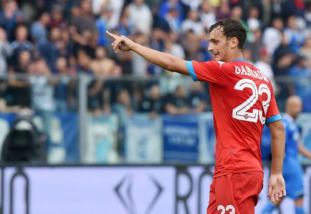EMPOLI, ITALY - SEPTEMBER 13: Manolo Gabbiadini of Napoli in action during the Serie A match between Empoli FC - SSC Napoli at Stadio Carlo Castellani on September 13, 2015 in Empoli, Italy. (Photo by Francesco Pecoraro/Getty Images)