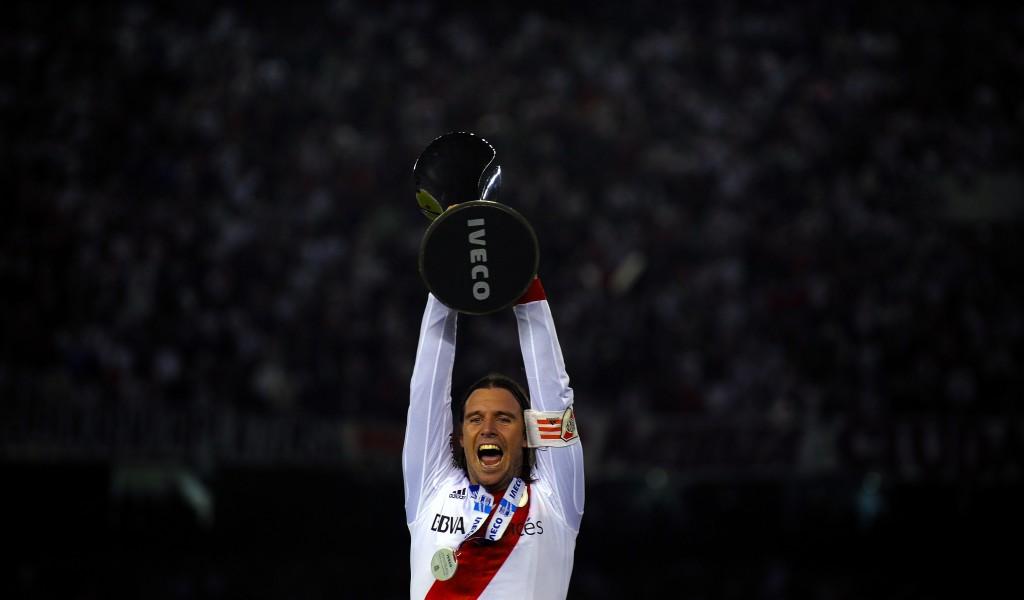 Con il trofeo Clausura del 2014 (Alejandro Pagni/Afp/Getty Images)