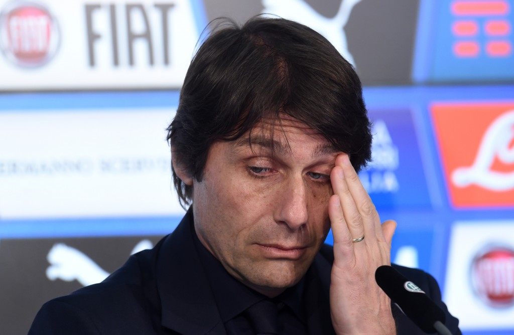 Antonio Conte durante la conferenza pre Germania-Italia (Christof Stache/AFP/Getty Images)