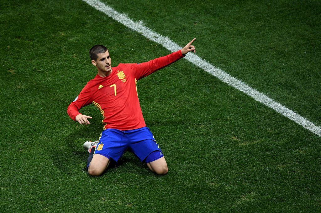NICE, FRANCE - JUNE 17: Alvaro Morata of Spain celebrates scoring his sides first goal during the UEFA EURO 2016 Group D match between Spain and Turkey at Allianz Riviera Stadium on June 17, 2016 in Nice, France. (Photo by Laurence Griffiths/Getty Images)