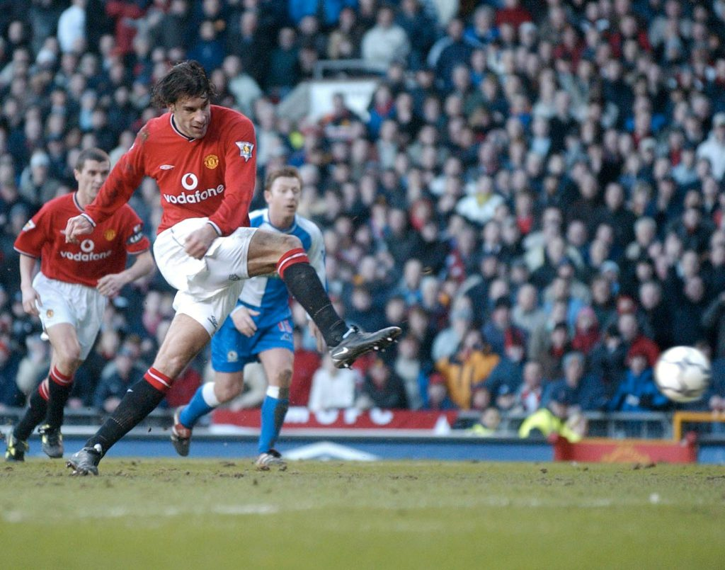 Manchester United's Ruud van Nistelrooy scores fro