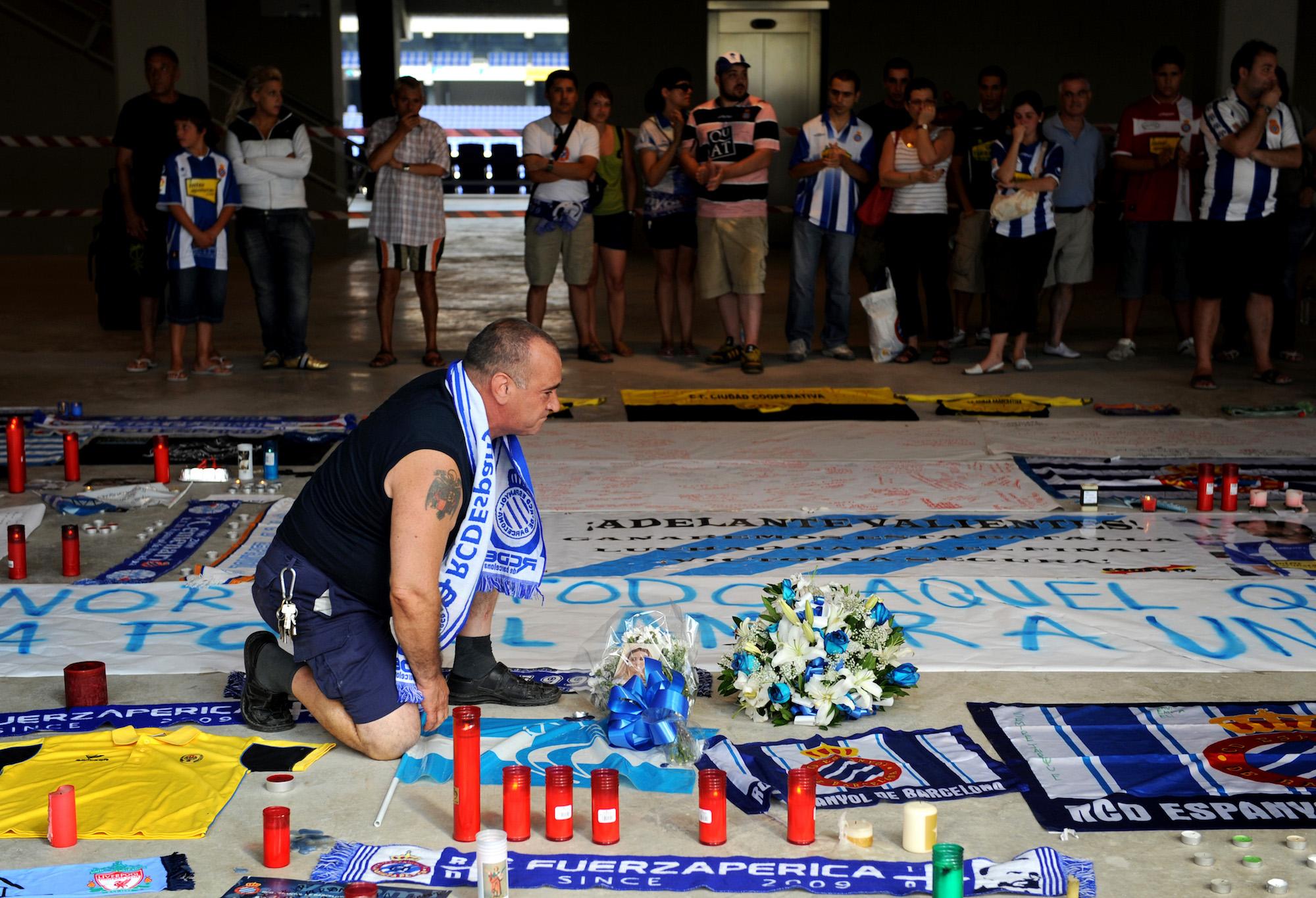 Il tributo, nel 2009, a Dani Jarque allo stadio