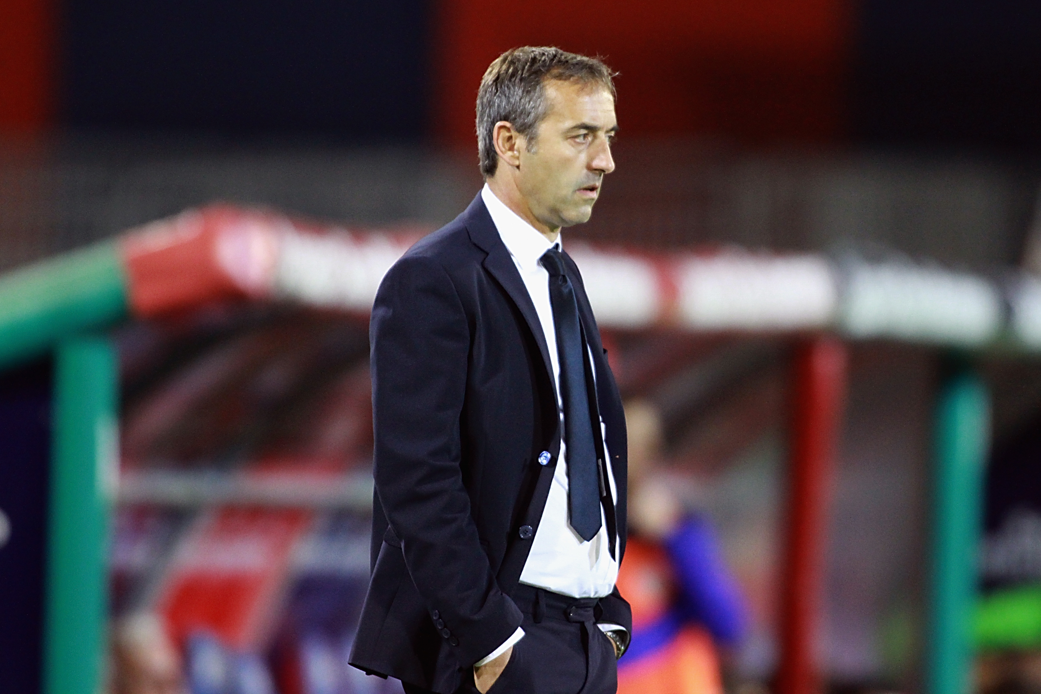 CAGLIARI, ITALY - SEPTEMBER 26: Sampdoria's coach Giampaolo MArco looks on during the Serie A match between Cagliari Calcio and UC Sampdoria at Stadio Sant'Elia on September 26, 2016 in Cagliari, Italy. (Photo by Enrico Locci/Getty Images)