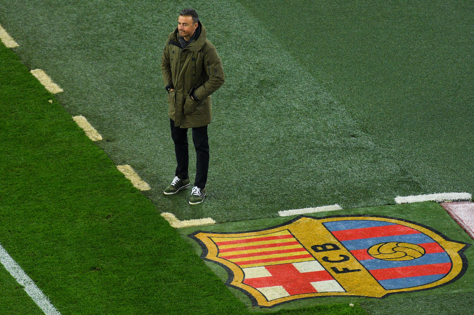 BARCELONA, SPAIN - DECEMBER 21: Head coach Luis Enrique of FC Barcelona looks on during the Copa del Rey round of 32 second leg match between FC Barcelona and Hercules at Camp Nou on December 21, 2016 in Barcelona, Spain. (Photo by David Ramos/Getty Images)